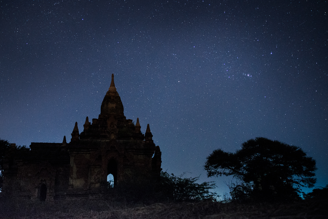 stars and temple in Bagan