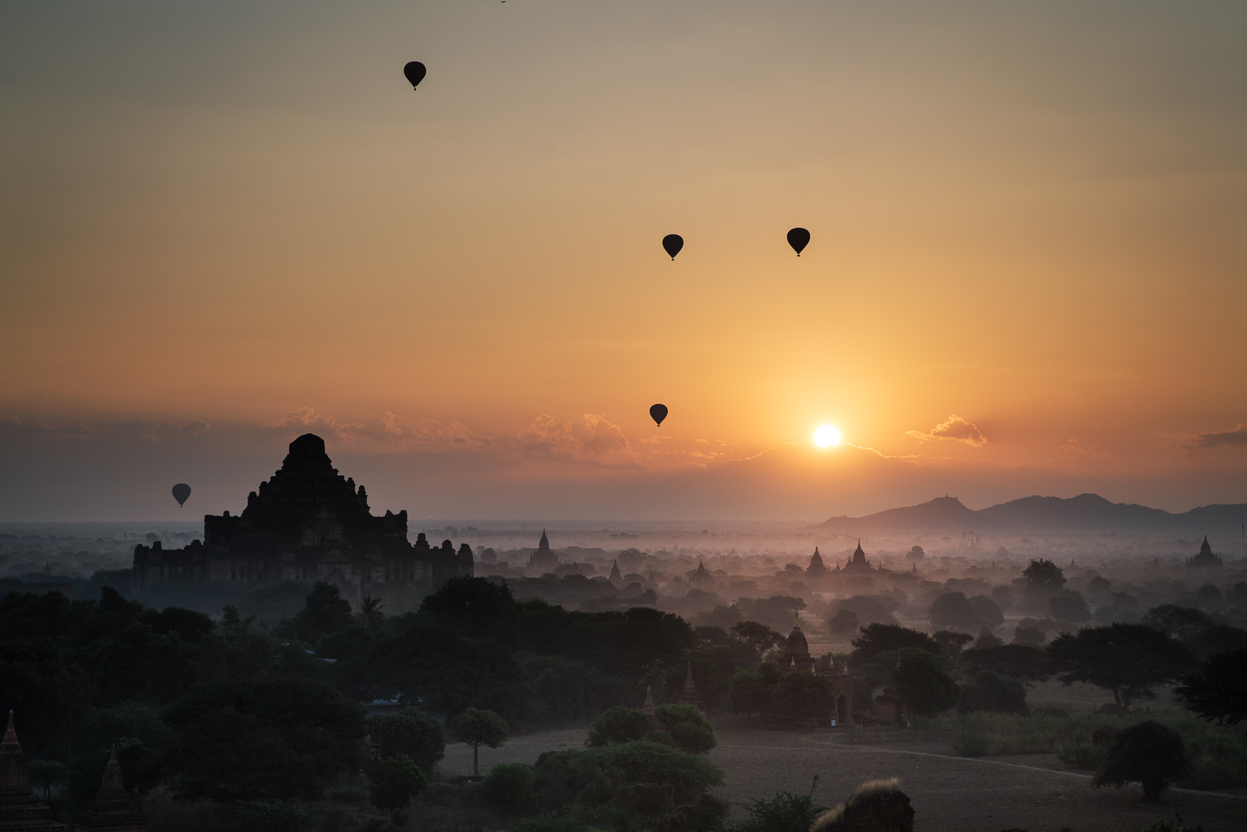 hot balloon in Myanmar