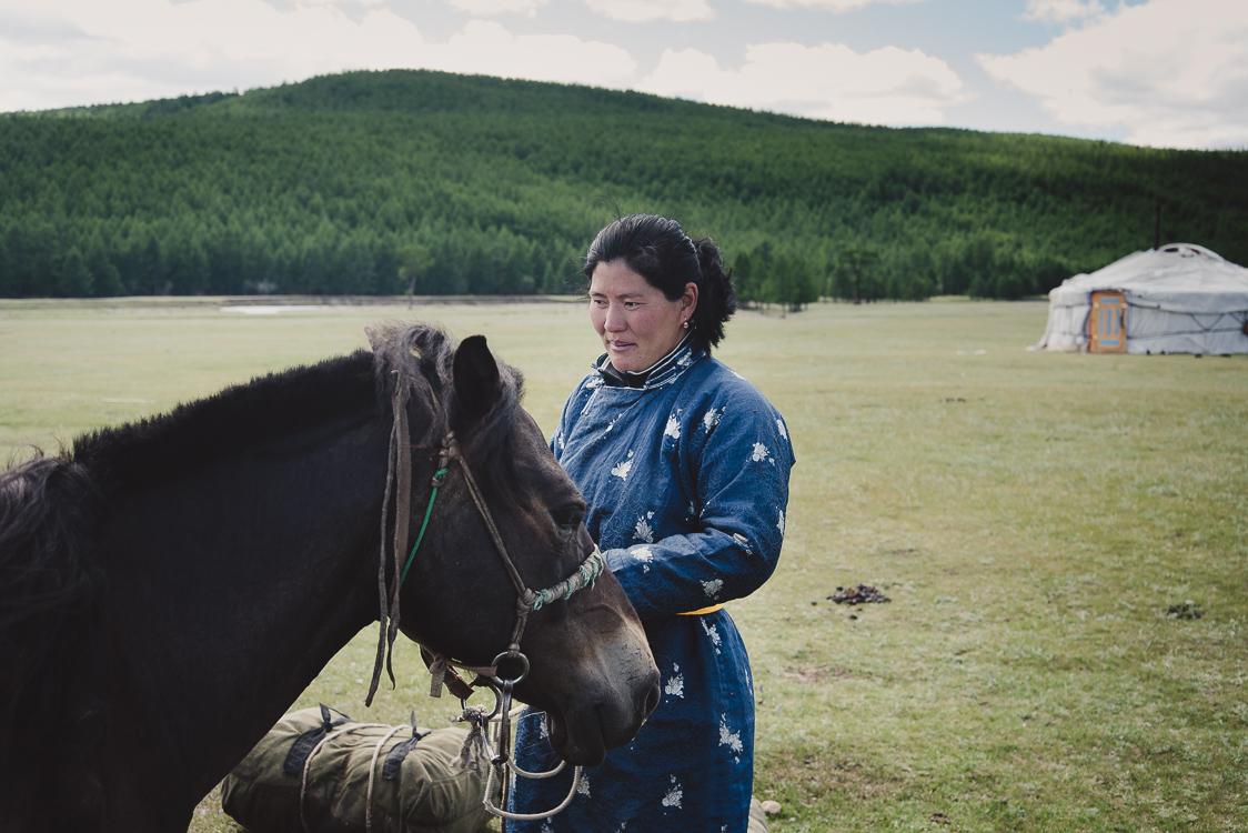 Tssatan woman Zaya